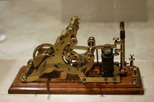 Primer telégrafo receptor de señales eléctricas