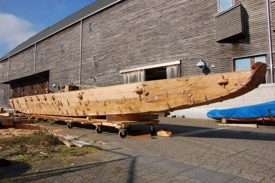 Réplica del barco de la Edad del Bronce