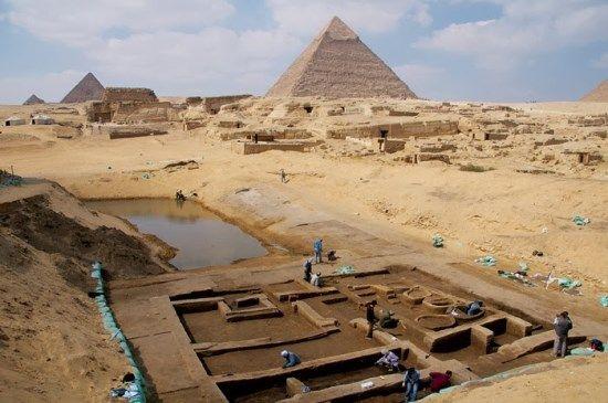 yacimiento piramides egipto