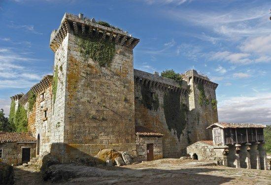 castillo de pambre galicia