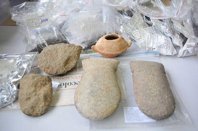 Piedras labradas encontradas en el Amazonas