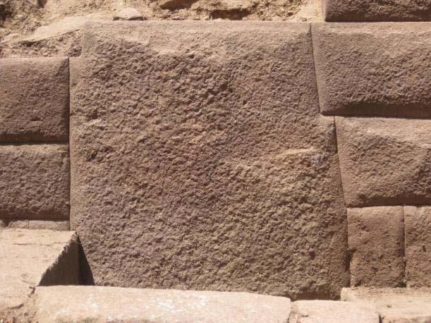 Piedra Inca con 13 ángulos
