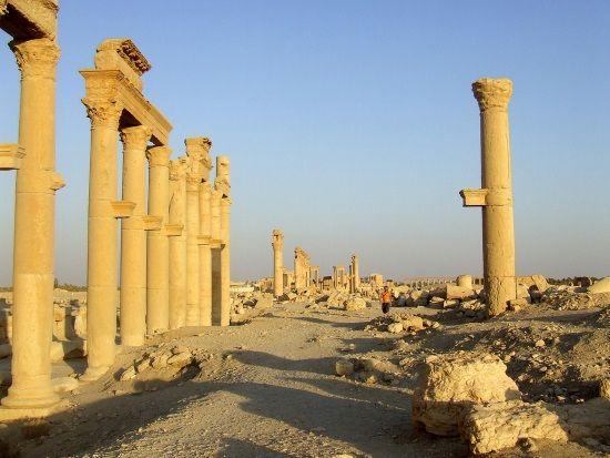 Calle de Palmira. Crédito: Kordas, Wikimedia.