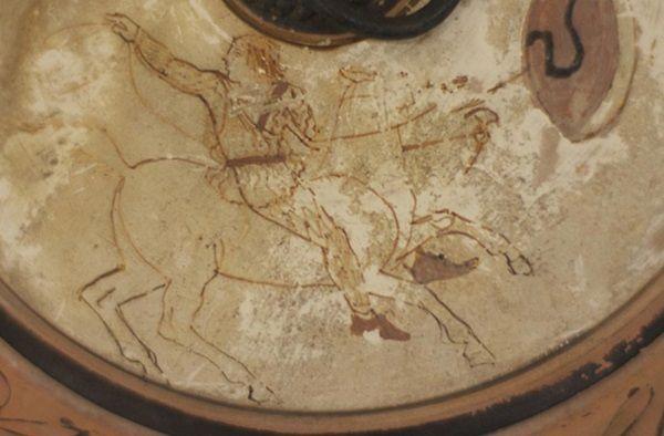 Vasija con guerrera amazona de 2.500 años de antigüedad.