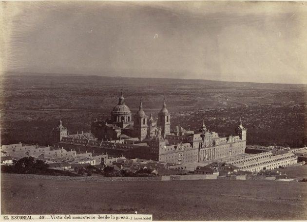 """""""La fotografía monumental en el siglo XIX"""", en la Biblioteca Nacional de España."""