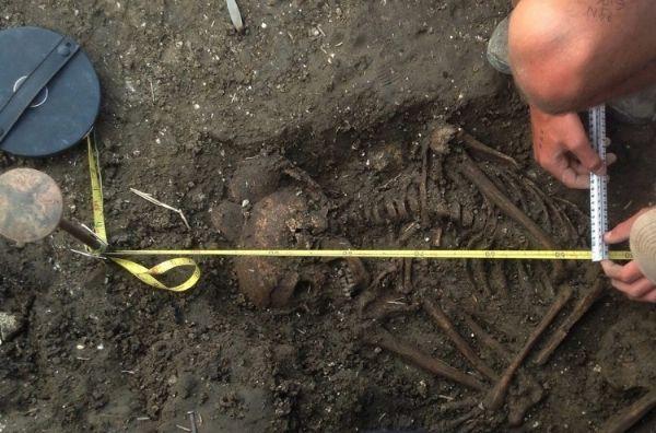 Esqueleto encontrado cerca de Stonehenge