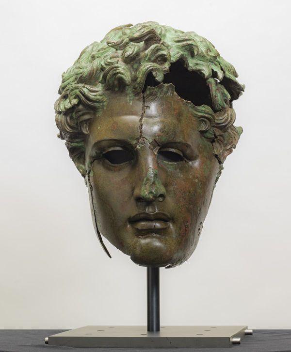 busto helenistico museo del prado
