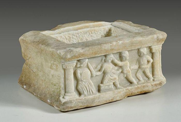 urna funeraria marmol