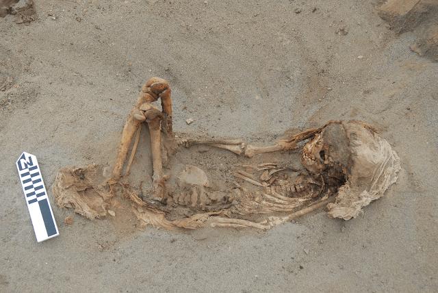 enterramiento tipico infantil cultura chimu