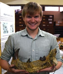 borths con fosil de simbakubwa