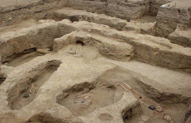 tumbas moche peru