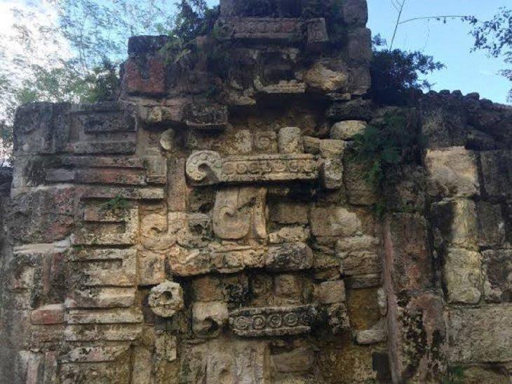 palacio maya kuluba