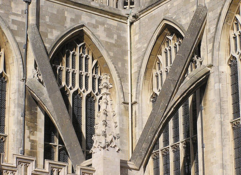 arbotantes goticos edificios