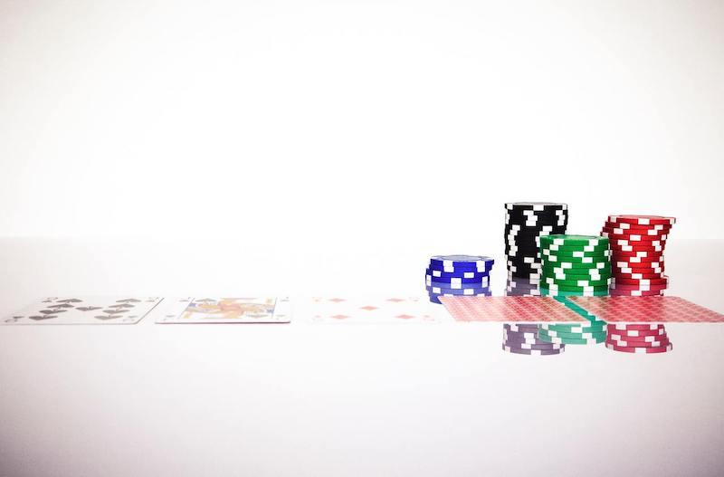 historia modalidades del poker