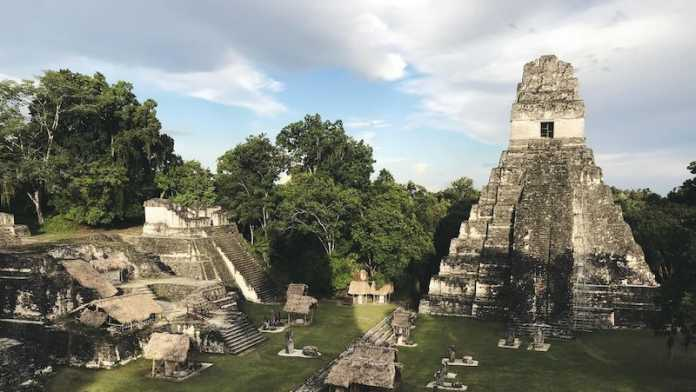 desaparicion tikal maya