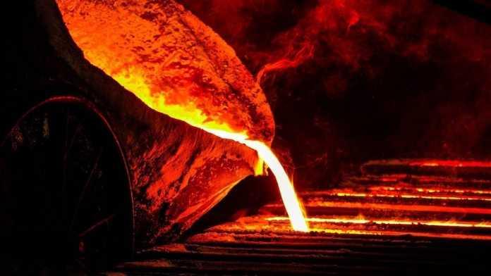 fundicion metal iran 1000 años