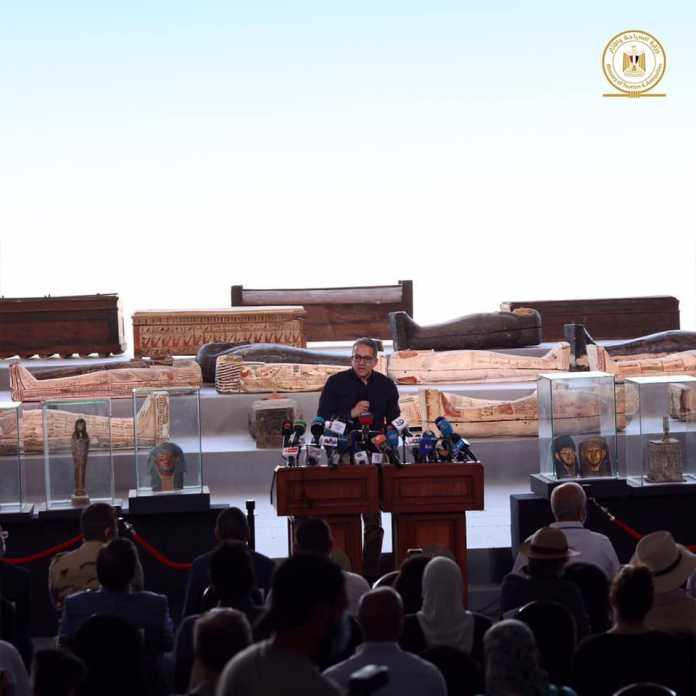 100 sarcofagos egipto
