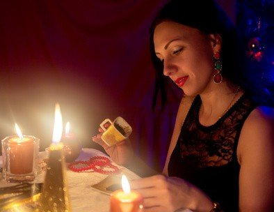 Tarot de Pilar – vidente Pilar y tarotista opiniones teléfono