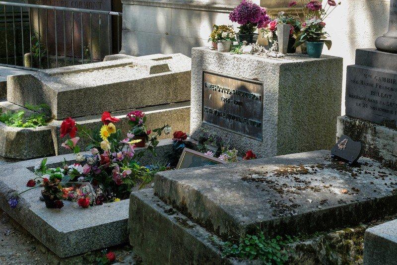 tumba de jim morrison pere lachaise
