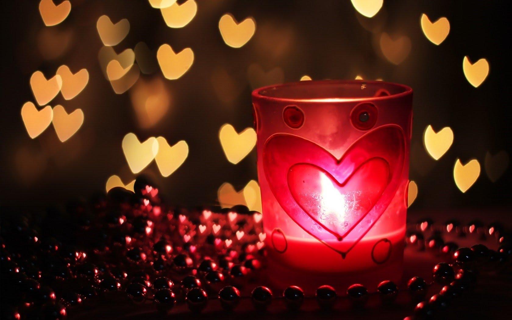 Sin muchos materiales, hay conjuros de amor que se realizan con una fotografía de tu amado ¡Amarres y hechizos de amor con mucha luz blanca!
