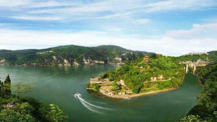 cueva sanyou en china