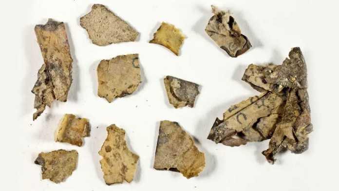fragmentos manuscritos zacarias nahum