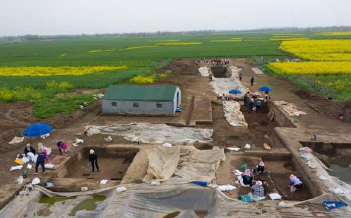 ciudad fortificada Asentamiento neolítico de Fenghuangzui