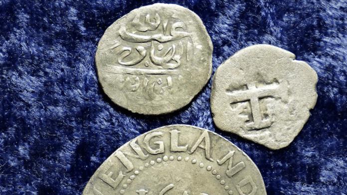 monedas arabes pirata siglo xvii