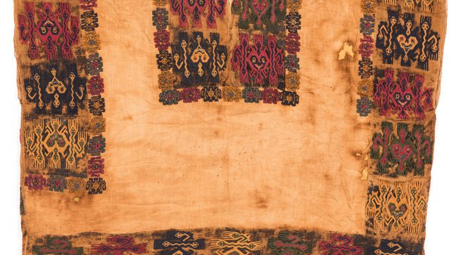 peru recupera textiles paracas