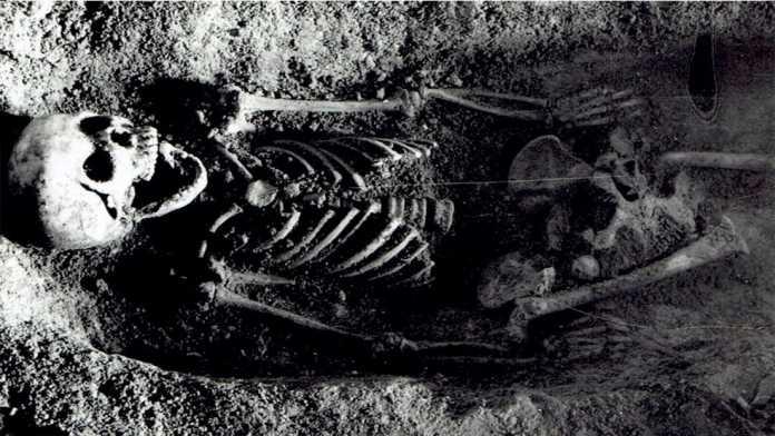enterramiento niña polonia