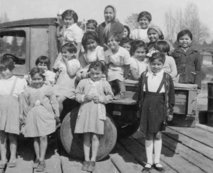 internado indigena canada