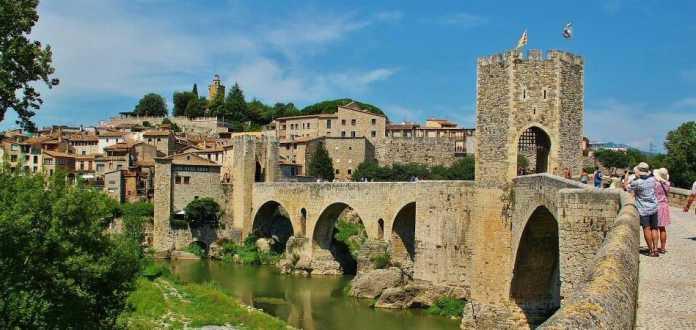 pueblo medieval girona