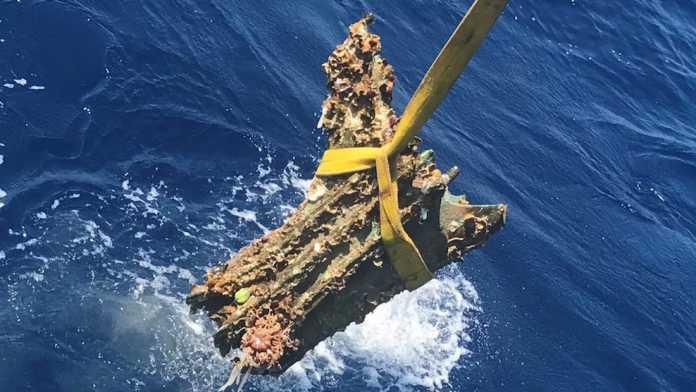 espolon buque guerra punica