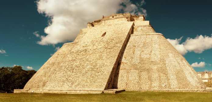 historia ciudad maya uxmal